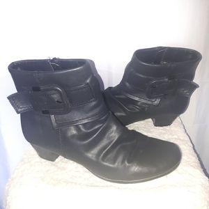 Vangelo Black Ankle Booties